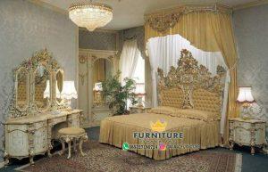 set kamar tidur ukiran relief gold duco