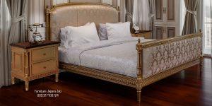 Tempat Tidur Venesia Ukir